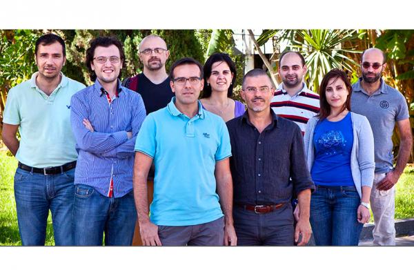 Beyondnano EM Lab facility team